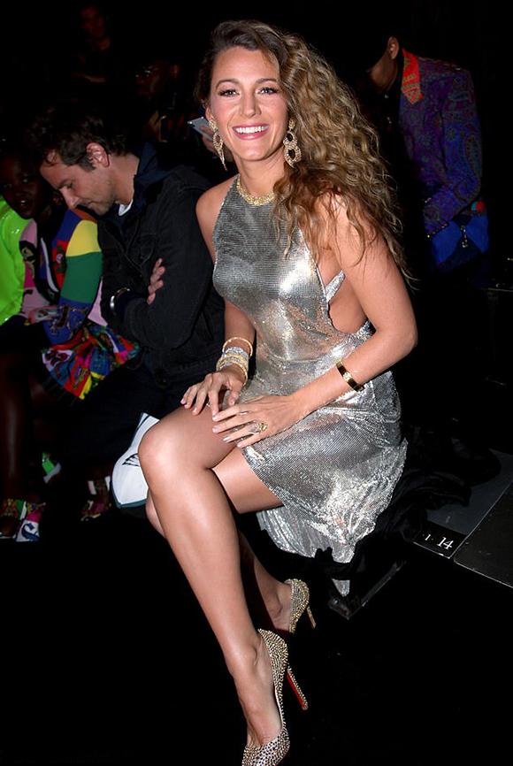 Nhiều ngôi sao tới xem show Versace như nữ diễn viên Blake Lively.