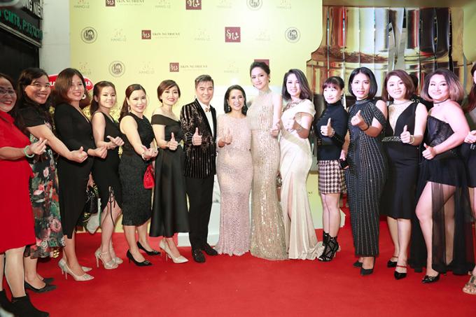 Đàm Vĩnh Hưng, Hương Giang hội ngộ tại sự kiện ra mắt mỹ phẩm Skin Nutrient