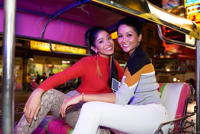 HHen Niê được khen vì tuân thủ yêu cầu ban tổ chức Miss Universe - 8