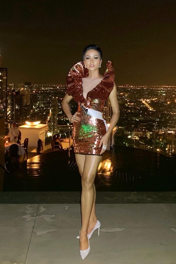 HHen Niê được khen vì tuân thủ yêu cầu ban tổ chức Miss Universe