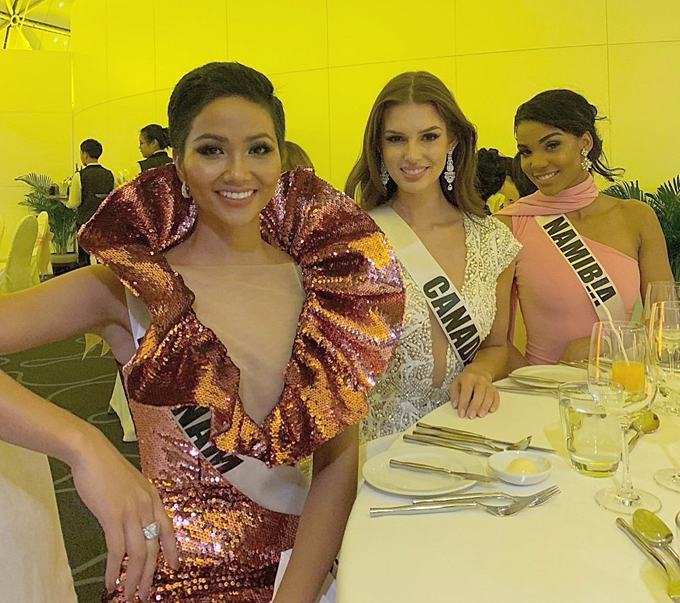 HHen Niê được khen vì tuân thủ yêu cầu ban tổ chức Miss Universe - 2