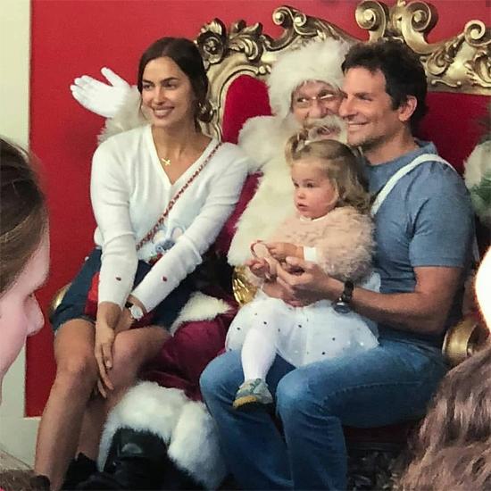 Sau show diễn Versace ở New York hôm 2/12, Irina Shayk lại trọn thời gian cho gia đình. Cô và Bradley vừa mua nhà mới ở New York.