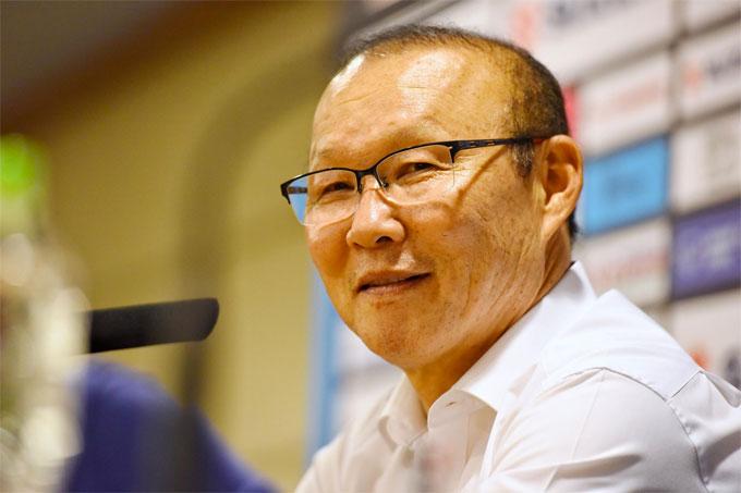 HLV Park Hang-seo biết Philippines  rối từ phút 65