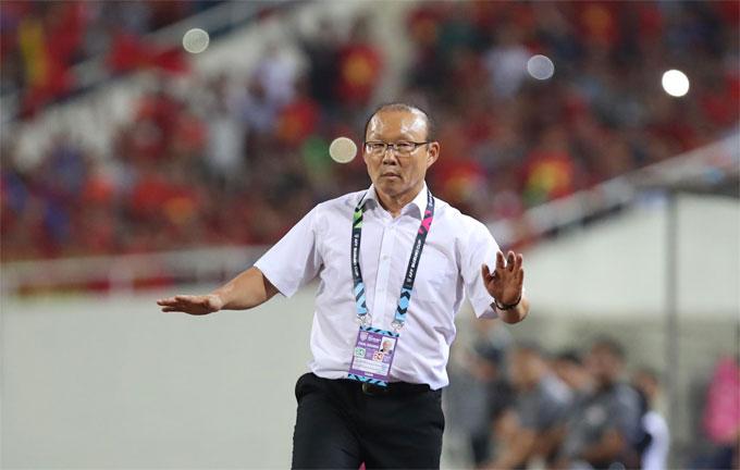 HLV Park Hang-seo biết Philippines  rối từ phút 65 - 1