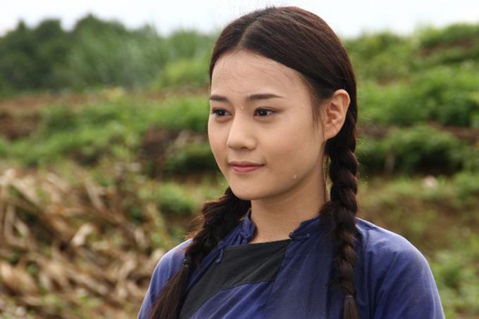 Phương Oanh trong phim Hoa bay.