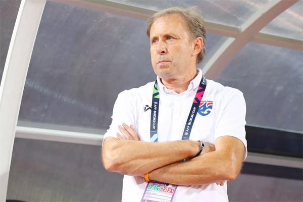 Chiếc ghế của HLV Rajevac chỉ được định đoạt sau Asian Cup vào tháng 1 tới.