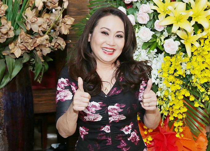 Nghệ sĩ Thanh Hằng ủng hộ Ngọc Huyền đầu tư kinh phí lớn, làm một đêm diễn chỉn chu, đáp lại tình cảm của khán giả yêu cải lương.