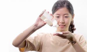 5 cách sử dụng triệt để một chai toner