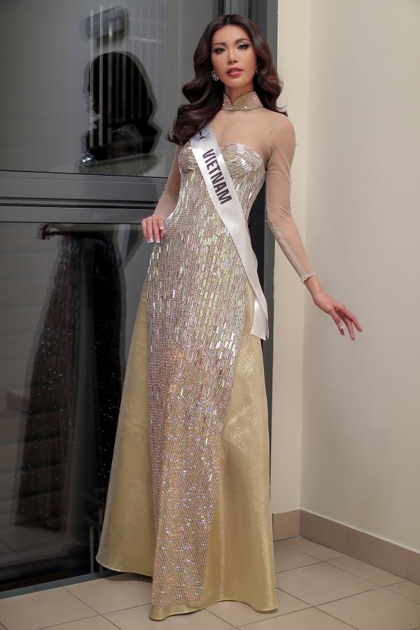Ngày mai 9/12, Minh Tú sẽ lên đường trở về Việt Nam. Sau cuộc thi, người đẹp tiếp tục phát triển công việc người mẫu chuyên nghiệp và lĩnh vực kinh doanh riêng. Minh Tú cũng đảm nhận hướng dẫn và truyền đạt kinh nghiệm cho Ngọc Châu dự thi Hoa hậu Siêu quốc gia 2019.