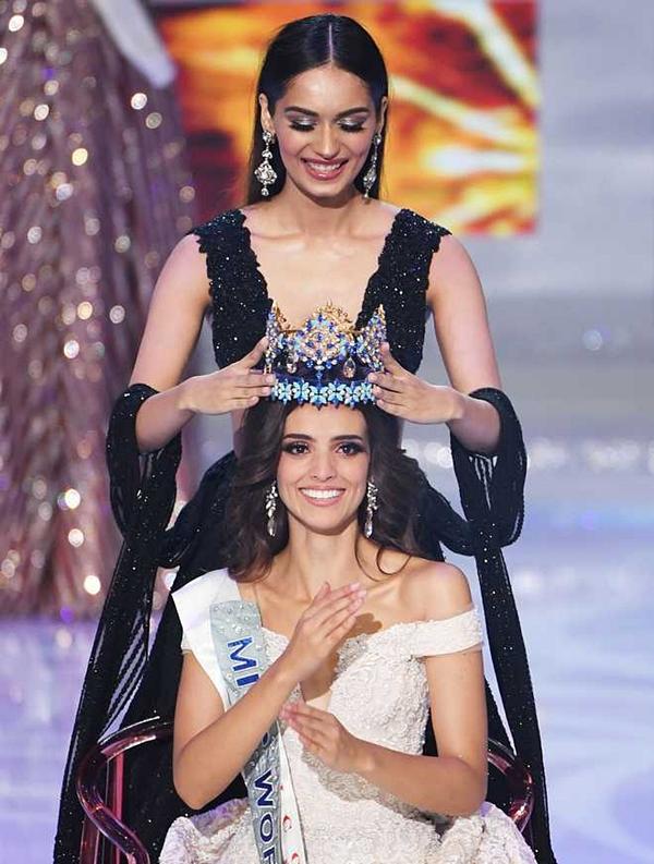 1. Là Hoa hậu Mexico đầu tiên đăng quang: Tối 8/12, chung kết Miss World 2018 kết thúc với vương miệnthuộc vềVanessa Ponce đến từ Mexico. Chiến thắng của Vanessa mang nhiều ý nghĩa, trong đó cô là người đẹpMexico đầu tiên giành được danh hiệu hoa hậu trong lịch sử 68 năm tổ chức. Từ trước đến nay, Mexicolà một cường quốc tại sân chơi nhan sắc lớn nhất thế giới này,nhiều lần đoạt thành tích cao nhưÁ hậu 1 và 2liên tiếp.