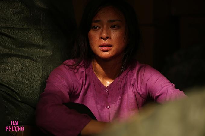 Ngô Thanh Vân mang vẻ mặt khắc khổ khi hóa thân Hai Phượng.