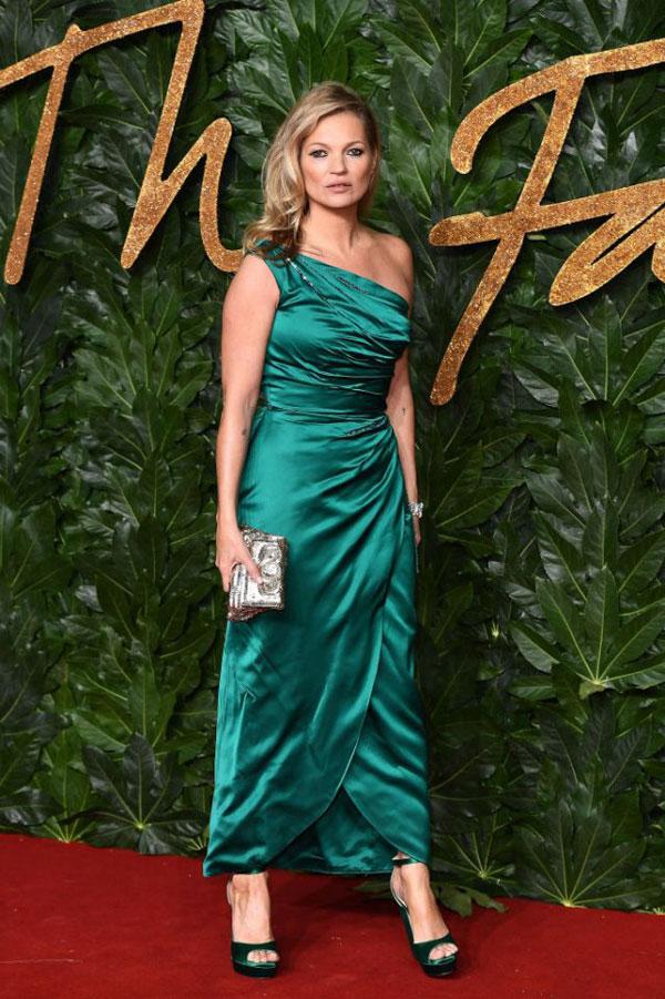Siêu mẫu Kate Moss.