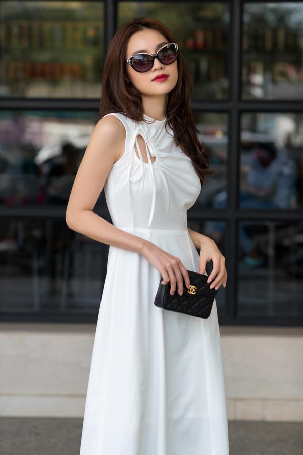 Ninh Dương Lan Ngọc tái hiện hình ảnh sang chảnh của Miss Q trong Gái già lắm chiêu 2 ở bộ ảnh thời trang vừa thực hiện.