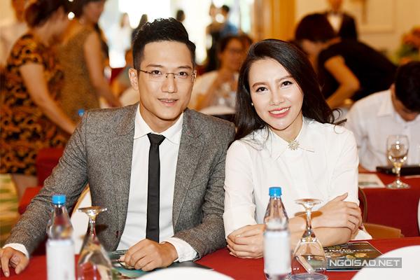 Chí Nhân và Minh Hà tại buổi họp báo ra mắt phim Lựa chọn cuối cùng tháng 7/2016. Ảnh: Giang Huy