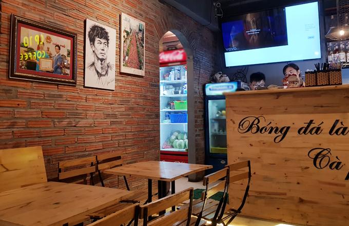 2 quán cà phê ở Hà Nội nơi fan dễ gặp Công Phượng, Quang Hải nhất - 2