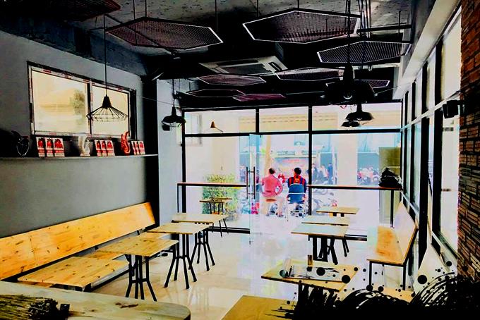 2 quán cà phê ở Hà Nội nơi fan dễ gặp Công Phượng, Quang Hải nhất - 3