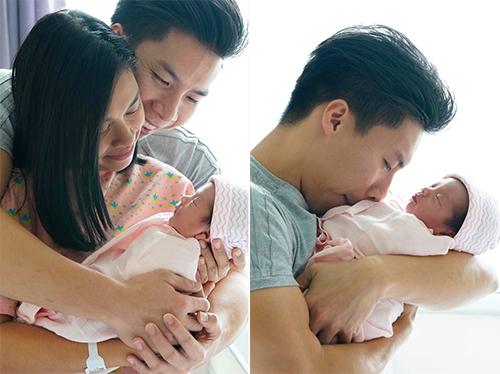 Khoảnh khắc hạnh phúc của vợ chồng Quốc Nghiệp - Ngọc Mai bên con gái.