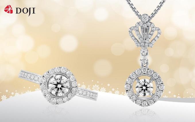Cùng với trang phục thời thượng, trang sức kim cương có thiết kế độc đáo trong BST Queen of Hearts sẽ tạo nên hiệu ứng thị giác để bạn gái thêm ấn tượng và tỏa sáng trong những buổi dạ tiệc cuối năm.
