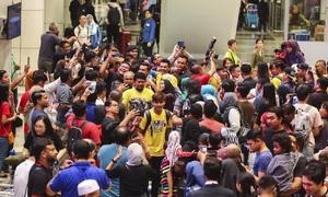 Tuyển Malaysia được chào đón như người hùng ở quê nhà