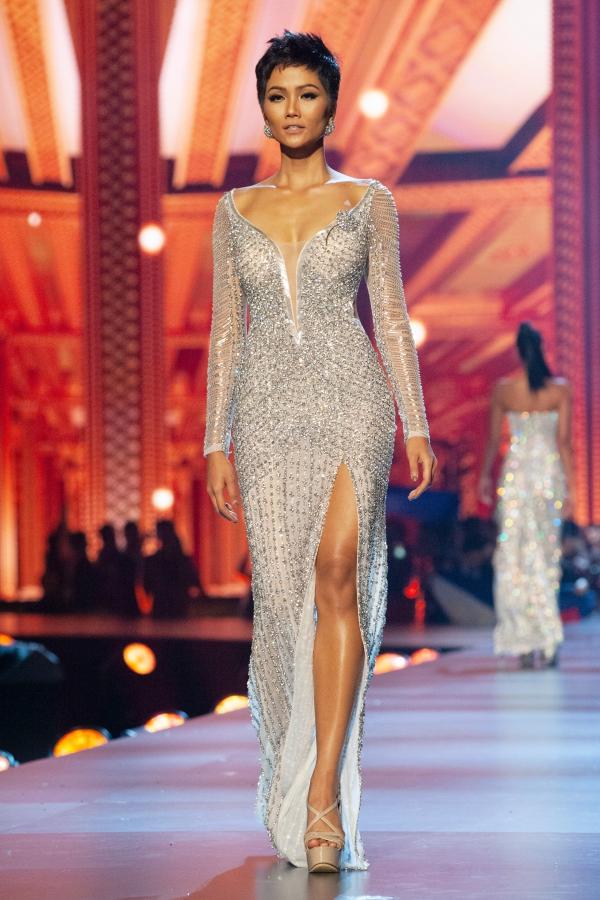 HHen Niê nóng lòng trở về Việt Nam mừng thành tích top 5 Miss Universe