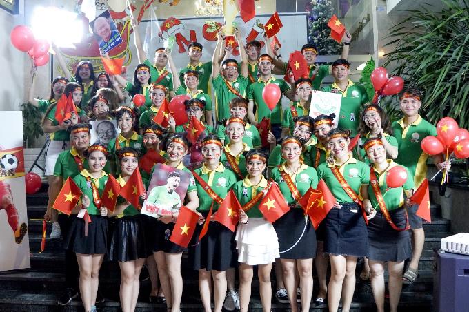 Chuyên gia thẩm mỹ Việt mừng chiến thắng - 2