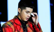 Noo Phước Thịnh khóc vì tình cảm của fan trong sinh nhật