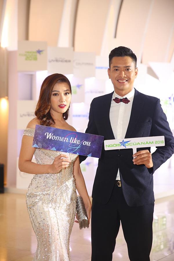 Siêu mẫu Hồ Đức Vĩnh và người yêu tin đồn - Hoa hậu Thái Nhiên Phương sánh đôi.