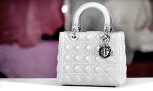 Quy trình tỉ mỉ tạo nên chiếc túi Lady Dior huyền thoại