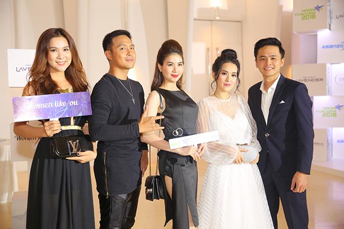 Vợ chồng Thanh Duy - Kha Ly hội ngộ vợ chồng Tú Vi - Văn Anh.