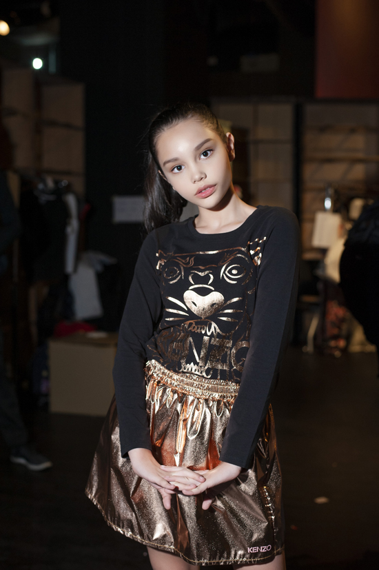 Vừa qua, tại tuần lễ thời trang Malaysia ( Malaysia Fashion Week ) mẫu nhí Alexandra Matheson đã được mời tham gia biểu diễn.