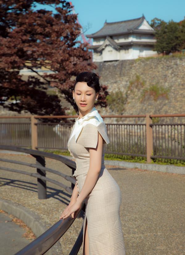 Paris Vũ vừa sang Nhật dự chương trình Giao lưu Văn hóa Việt - Nhật, kỷ niệm 45 năm thiết lập quan hệ ngoại giao giữa hai nước. Sau sự kiện, Hoa hậu Doanh nhân Toàn năng châu Á 2018 còn dành thời gian dạo chơi, ngắm cảnh đẹp đất nước mặt trời mọc.
