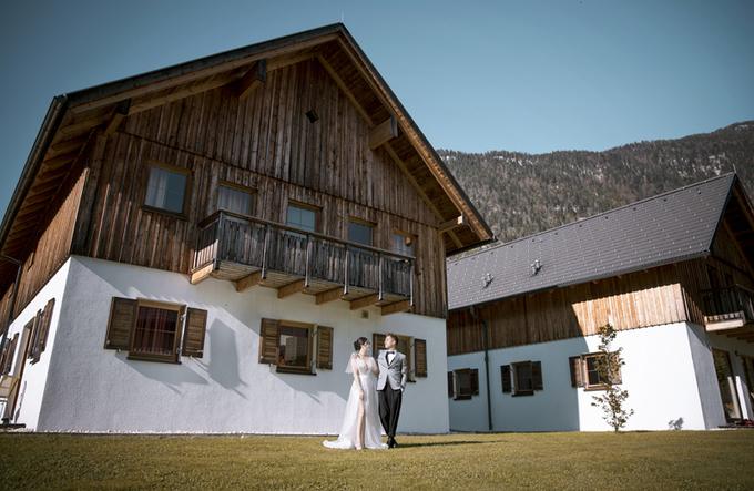 Ảnh cưới tự chụp của cặp 'yêu từ cái nhìn đầu tiên'