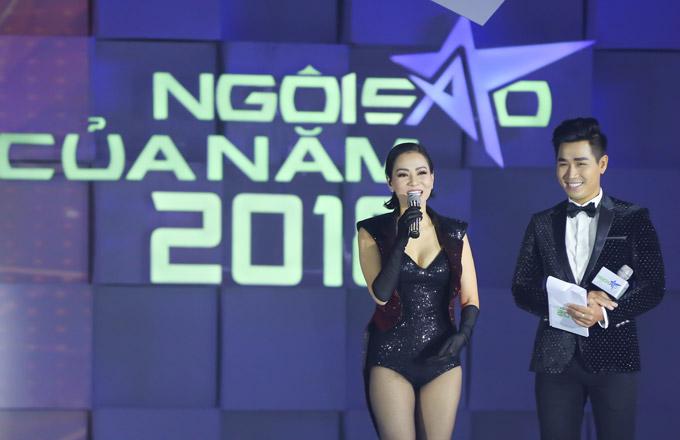 Thu Minh nóng bỏng trên sân khấu gala Ngôi sao của năm 2018 - 7