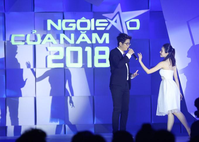 Thu Minh nóng bỏng trên sân khấu gala Ngôi sao của năm 2018 - 8