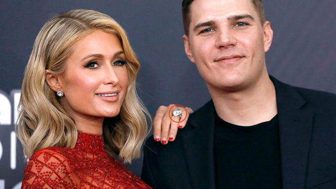 Paris từng được Chris Zylka cầu hôn với chiếc nhẫn kim cương 2 triệu USD.