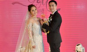 Váy cưới hàng hiệu của Chung Hân Đồng trong hôn lễ cổ tích