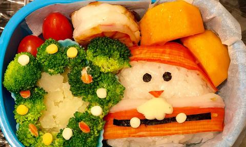 Mẹ đem không khí Giáng sinh vào hộp cơm trưa cho con