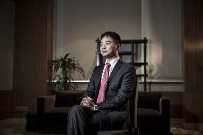 Nhà sáng lập kiêm CEO 45 tuổi củaJD.com - Lưu Cường Đông. Ảnh: Bloomberg.