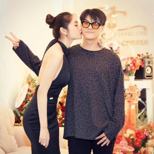 Lâm Vinh Hải gọi bạn gái Linh Chi là người phụ nữ quyền lực nhất của anh.