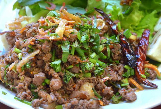 9 món đặc sản không ngon mắt nhưng đã miệng ở miền bắc Thái Lan - 7