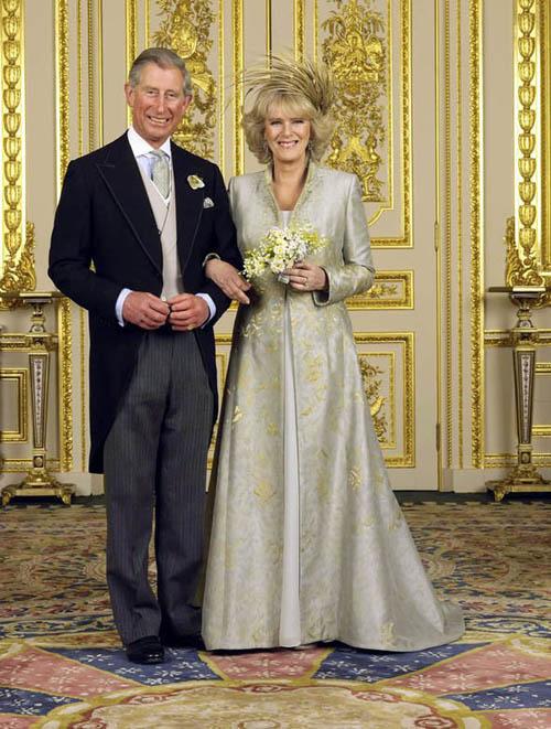 Thái tử Charles và bà Camilla trong đám cưới năm 2005. Ảnh: Express.