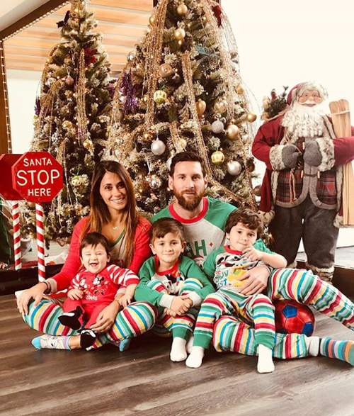 Vợ chồng Messi trở về quê nhà Argentina đón Giáng sinh từ hôm cuối tuần.