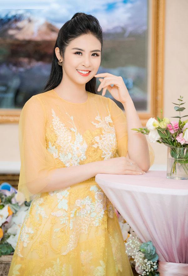 Sự kiện còn có sự tham gia của nhiều người đẹp khác, trong đó có Hoa hậu Ngọc Hân.