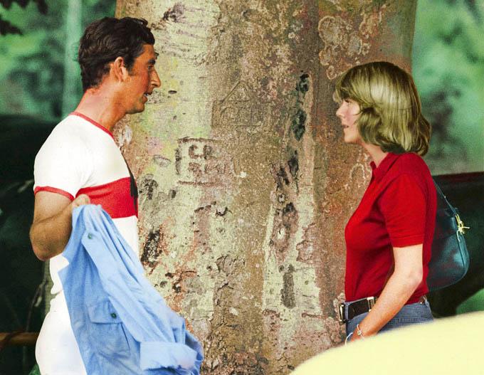 Thái tử Charles và bà Camilla quen nhau trong một trận đấu polo những năm 1970. Ảnh: Rex.