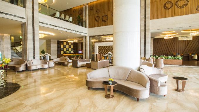 Trong nỗ lực cải thiện và xây dựng hệ thống khách sạn, Mường Thanh liên tục nâng cấp cơ sở hạ tầng kiến trúc và các dịch vụ. Các khách sạn của tập đoàn có hệ thống phòng hội nghị, spa, khu vực massage, bể bơi, gym... với thiết kế hiện đại, tinh tế và lịch sự.