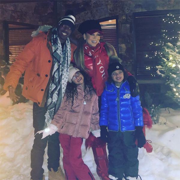 Nick Cannon khoe ảnh sum vầy với Mariah Carey và hai con song sinh của họ tại Aspen, Colorado. Nam diễn viên kiêm MC 38 tuổi choàng tay ôm vợ cũ như những người bạn thân thiết.