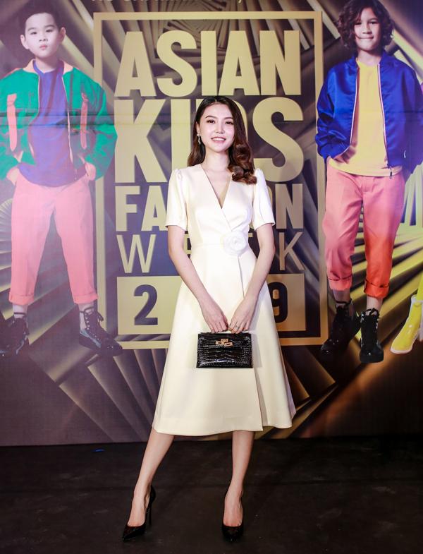 Từng là giám khảo buổi casting Asian Kids Fashion ShowNgọc Duyên rất hào hứng khi đến tham dự chương trình.