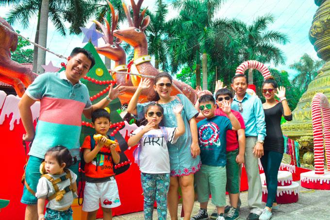 Noel này, du khách có cơ hội khám phá thiên đường du lịch Suối Tiên rực rỡ sắc màu với hàng