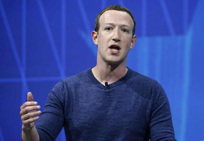Mark Zuckerberg ban đầu lạc quan về năm 2018 cho Facebook. Ảnh:CNN.