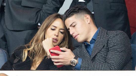 Khi tin đồn về việc vợ chồng James Rodriguez tái hợp vẫn còn râm ran, chàng tiền vệ điển trai và
